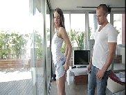 Vidio de sexo anal com amadora liberando o cuzinho para rapaz dotado