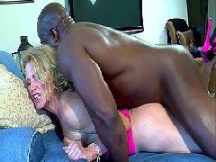 Filme porno xxx de negro fazendo sexo forte na safada
