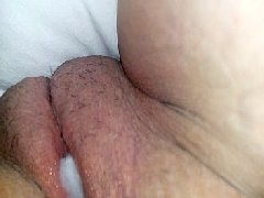 Gosando gostoso dentro da vagina da amiga