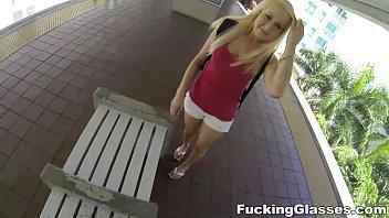 Xvideos.com.br loira novinha dando  filmada em primeira pessoa