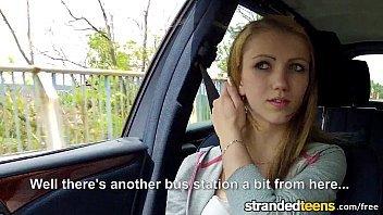Sexo mulher muito gostosa dando dentro do carro