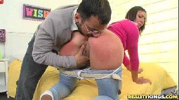 Professor safado comeu a bucetinha da aluna deliciosa