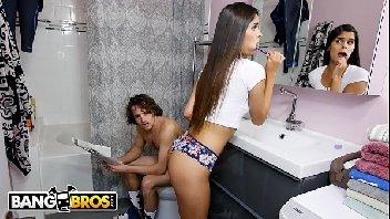 X sexo com novinha maravilhosa dando a sua xoxota para o cara torar gostoso