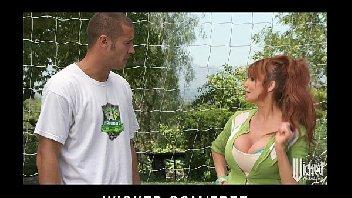 Jogador tarado metendo na mulher gostosa