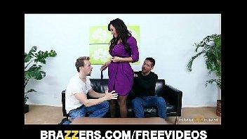 Mulher faz dp com os machos safados
