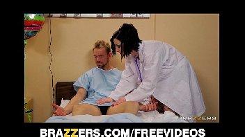 Doutora safada fazendo sexo gostoso com um paciente safado