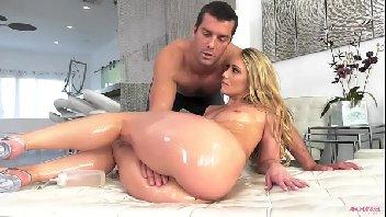 Hd porno coroa maravilhosa metendo com o seu massagista